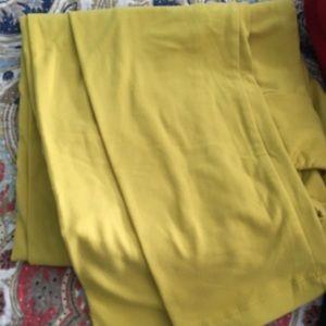 LulaRoe TC Leggings Mustard Yellow